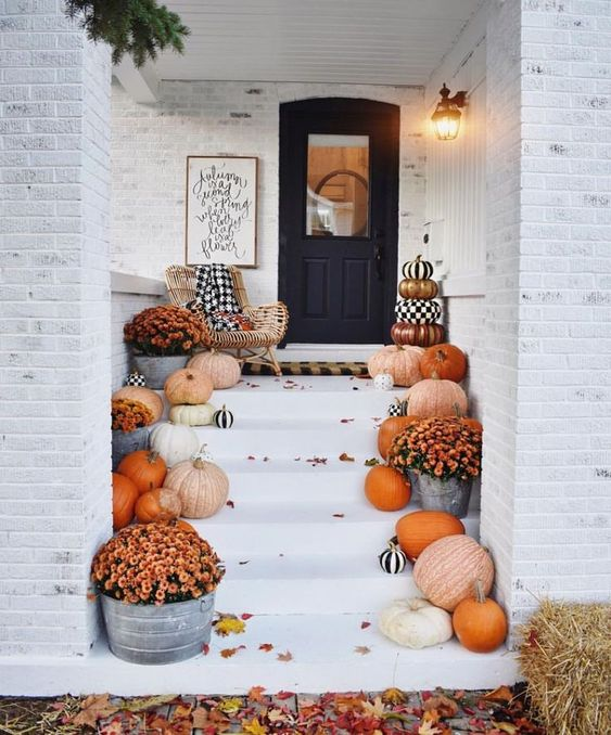 Pumpkin Entry Way Idea