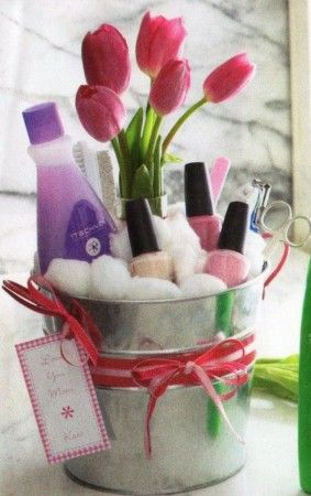 Mothers Day Gift Basket Ideas #dollarstore