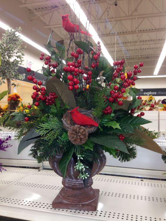 All Natural Christmas Centerpiece