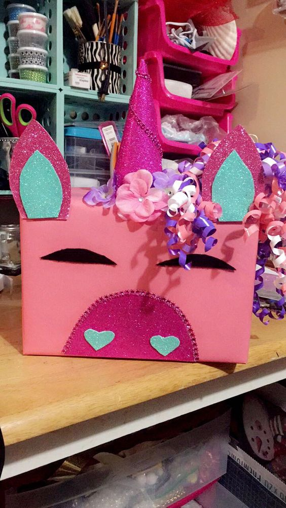 Pink unicorn Valentine's Day box