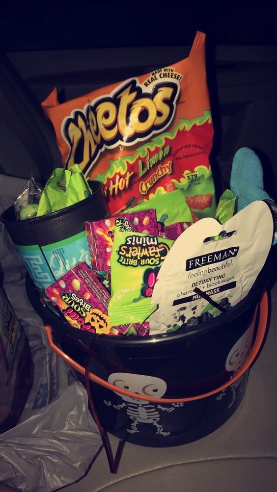 Girlfriend Boo Basket - DIY Cuteness