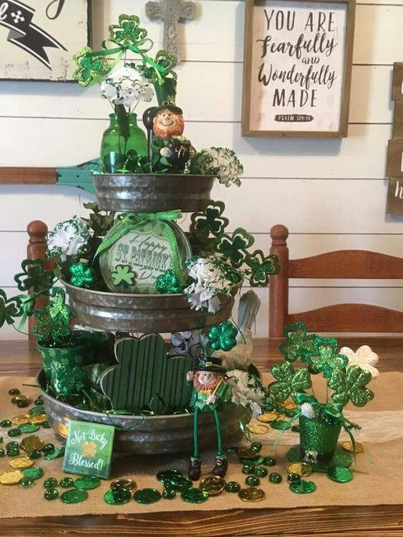 St Patricks Day three tiered centerpiece