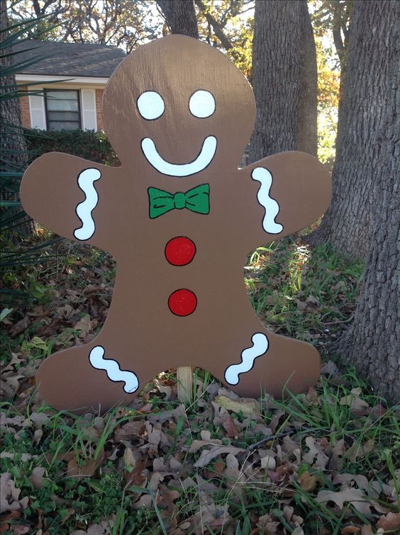 YARD ART - Gingerbread man