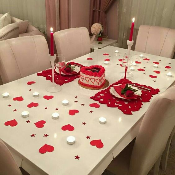 Valentines Day Dinner Romantic Table Settings